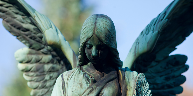 Cartas de los Ángeles: ¿mensajes que inspiran o guía celestial?