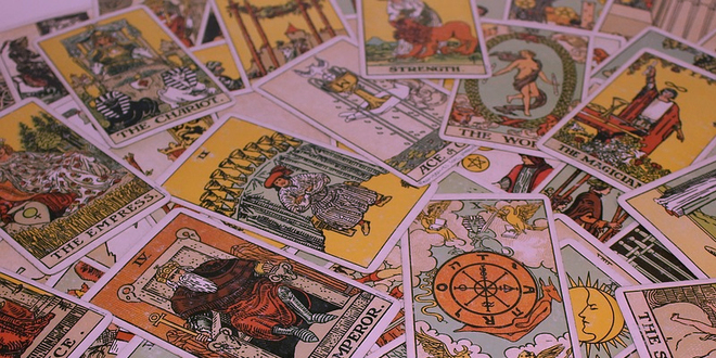 A Beginner's Guide to Tarot Card Reading