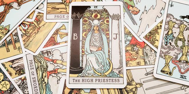 Descubriendo el Tarot: 'La Sacerdotisa'